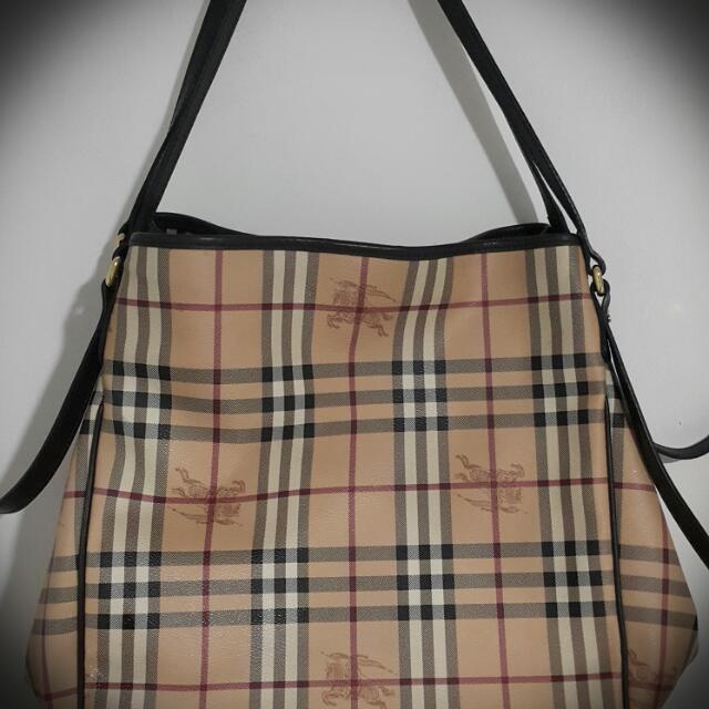 34703e0893a1 AUTHENTIC BURBERRY Haymarket Tote Bag(large)