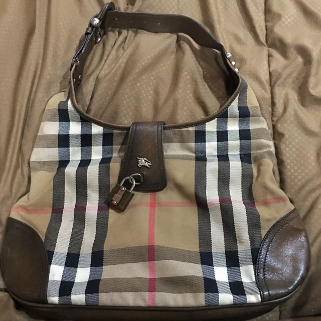 Authentic💯Burberry bag Limited Edition