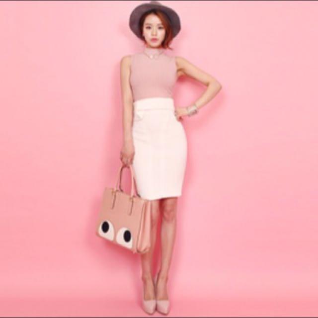 de90af499e BN] DABAGIRL Neoprene Shape Skirt, Women's Fashion, Clothes, Pants ...
