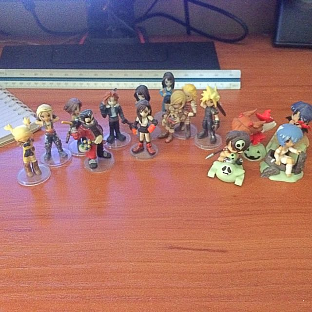 Final Fantasy Mini Figurines