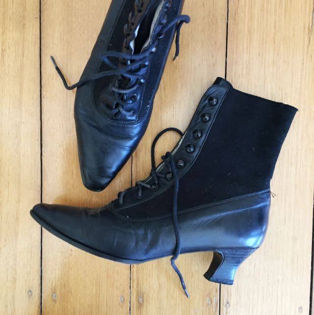 FREE POSTAGE 💌🔁Vintage Leather Boots, Size 39