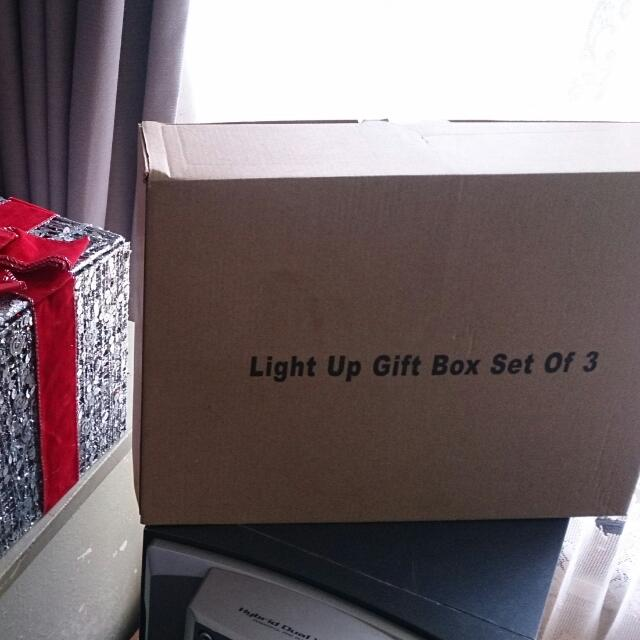 Light Up Gift Box