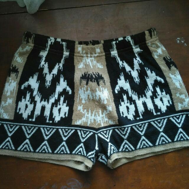 Sparkle & Fade Knitted Tribal Short Pants