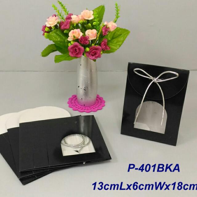 350lbs Cardboard paper 黑色禮物袋x4pcs