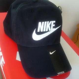 20pcs SOLD Out! Nike Swoosh Black Cap