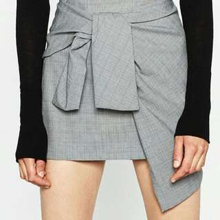 Zara XS Mini Skirt with Front Tie Detail