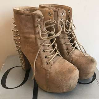 Pulp Tan Platform Ankle Boots With Studs