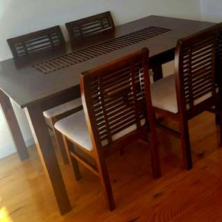 Mustang Dining Table