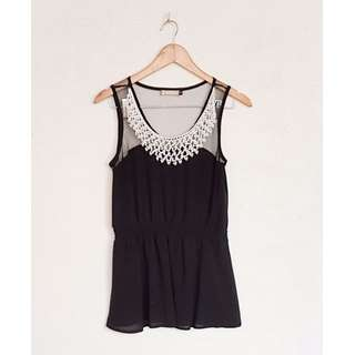 BLACK POSH PEARLS TOP