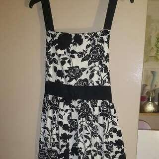 Lovely Girls Party Dress Size 10