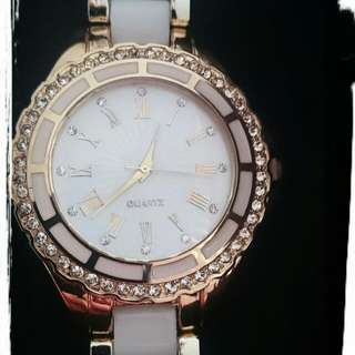 DROPPED TO $10 😍😍😍White And Gold Quartz Watch With CZ Around The Face And Numbers. Brandnew. $15