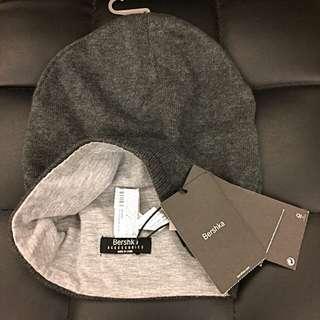全新 BERSHKA 棉帽