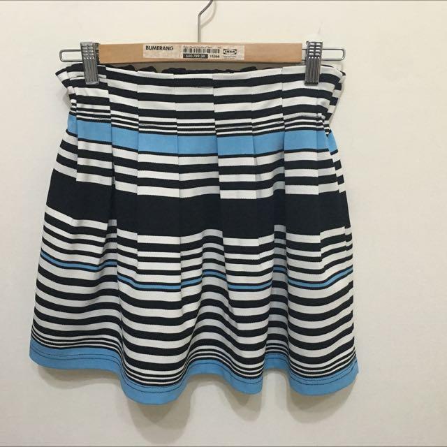 時尚秋冬款條紋短裙