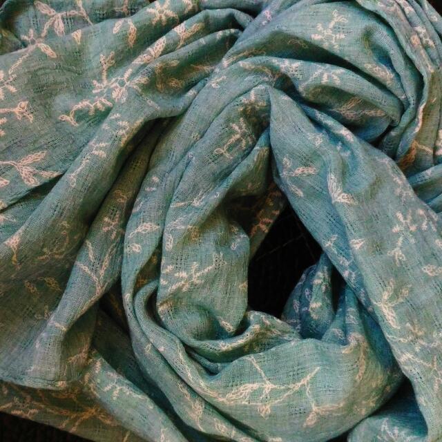 降價喔)))百貨超美氣質湖水綠 披巾 圍巾 絲巾