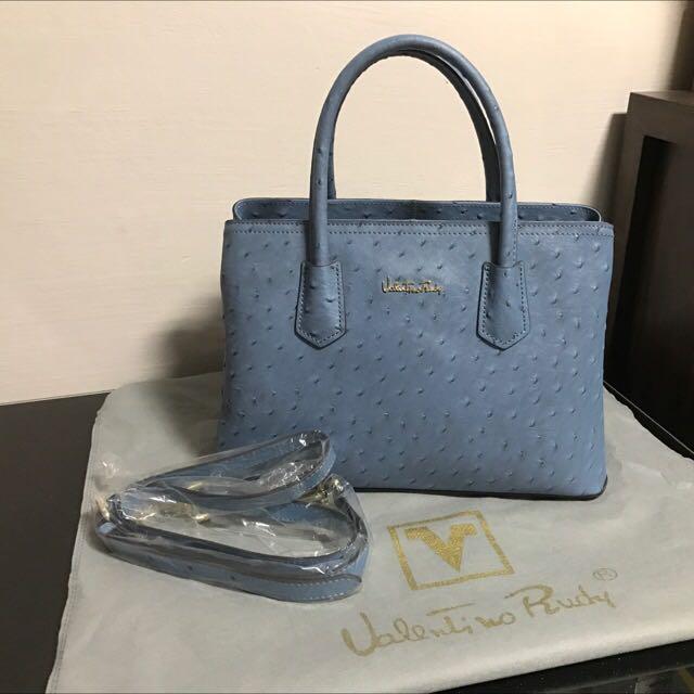 ae87ff9605830 Almost Brand New Valentino Rudy Bag
