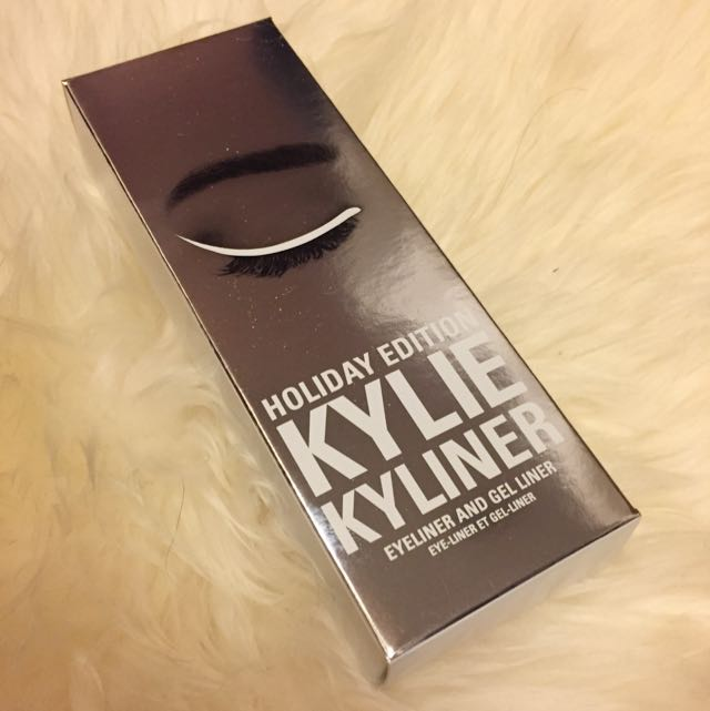 BN Kylie Cosmetics Snow Kyliner Set