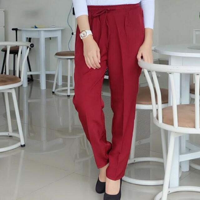 celana maroon