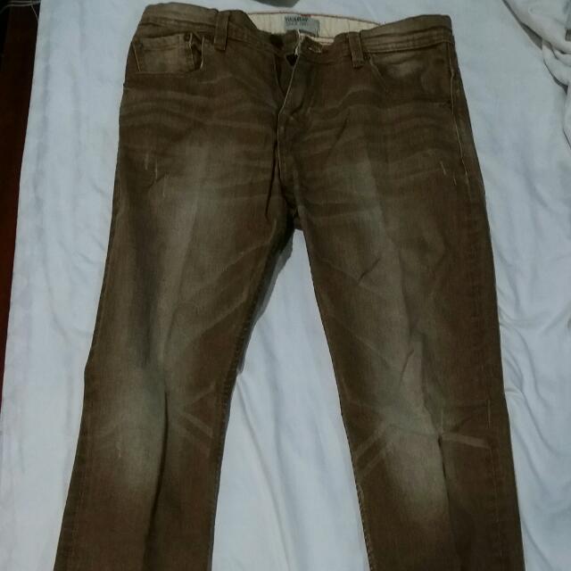 Celana Panjang Pull & Bear