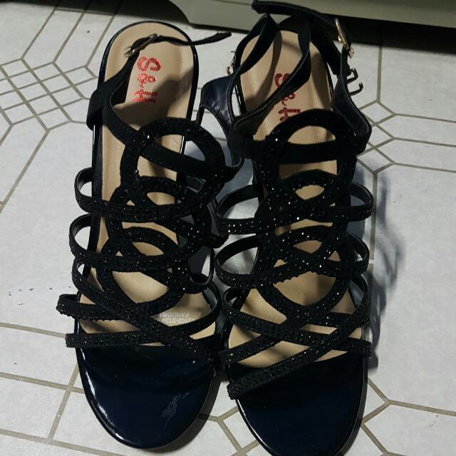 S&H Sandals Size 9