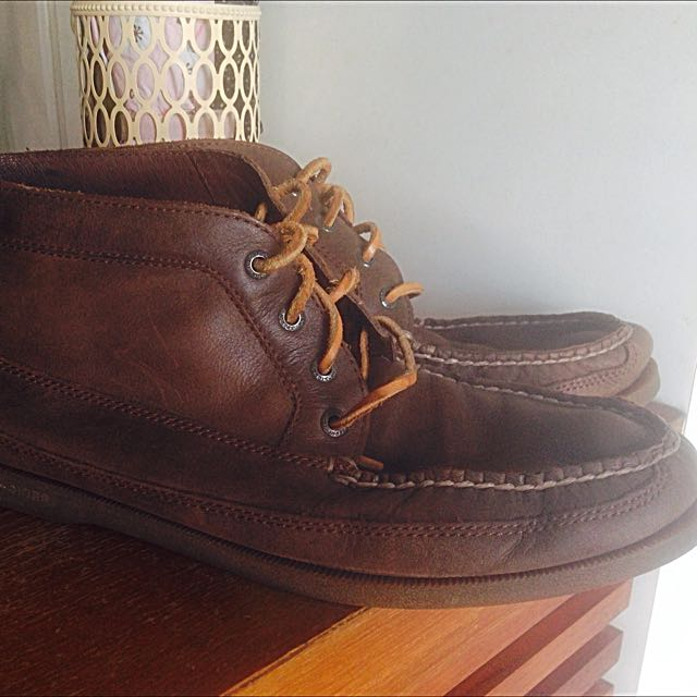 Sperry Top Sider Boat Shoes (High cut