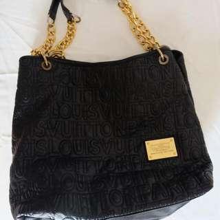 LV Black Shoulder Bag (kw) -nego