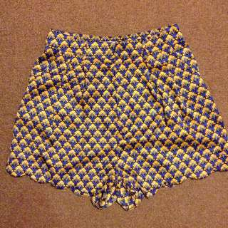 Quirky Circus High-waisted Shorts/Skorts