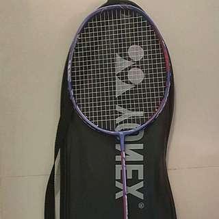 Yonex duora 10 Badminton Racquet