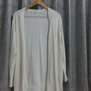 Uniqlo 白針織外套