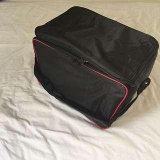 LARGE BLACK COOLER BAG