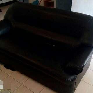 小三人沙發黑色
