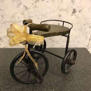 復古腳踏車款:可放燭台