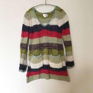 色彩橫條毛衣