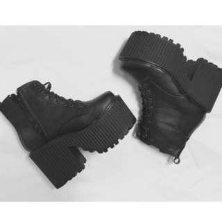 下降VII&CO 紋路皮質綁帶厚底靴