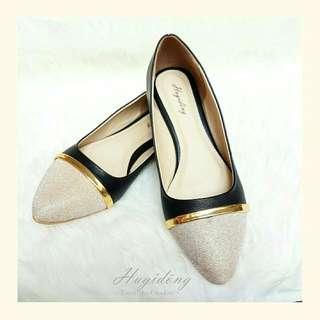 Alice Flat Shoes In Black Hugidong