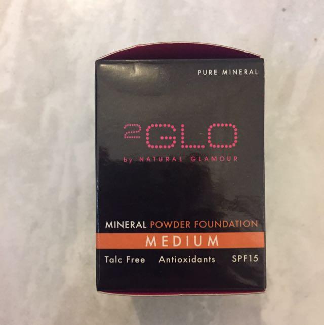 2Glo Mineral Powder Foundation