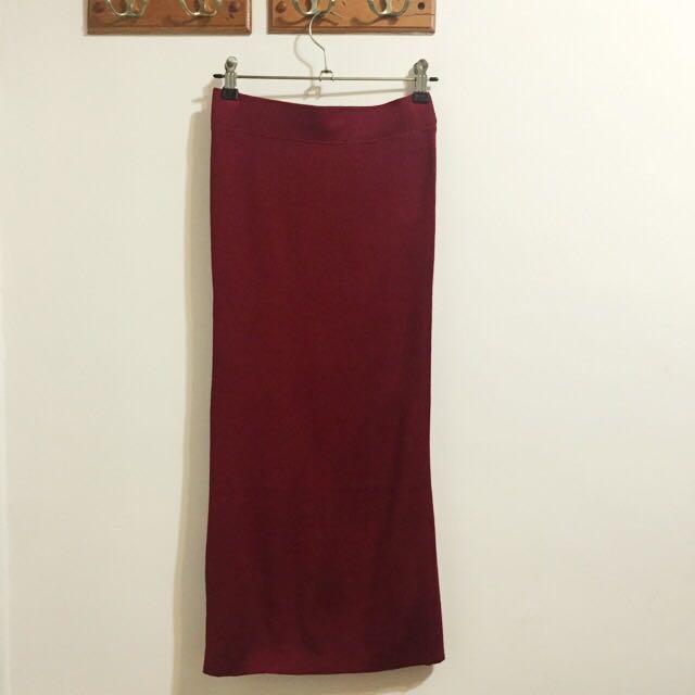 酒紅色針織微開衩長裙