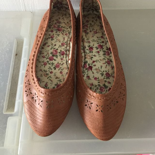 小碎花平底鞋