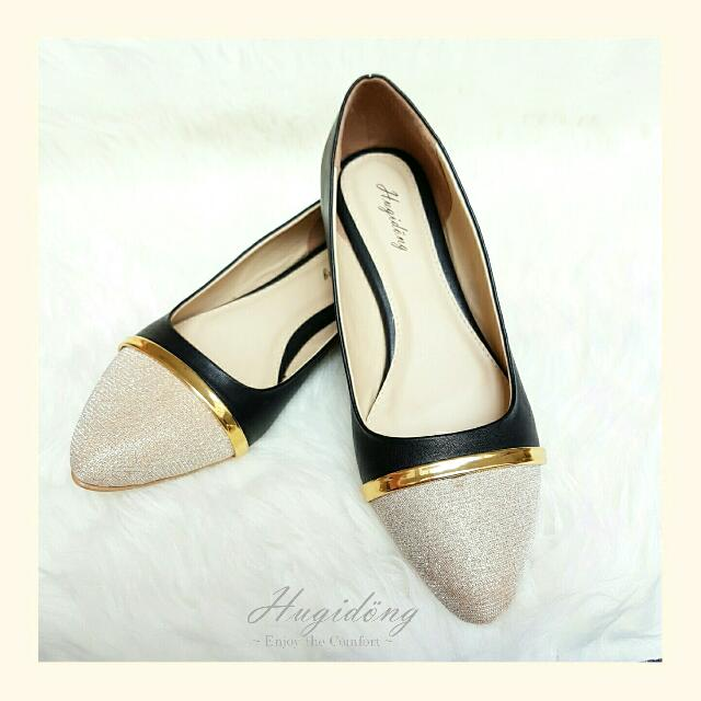 Alice Flat Shoes In Black Hugidong