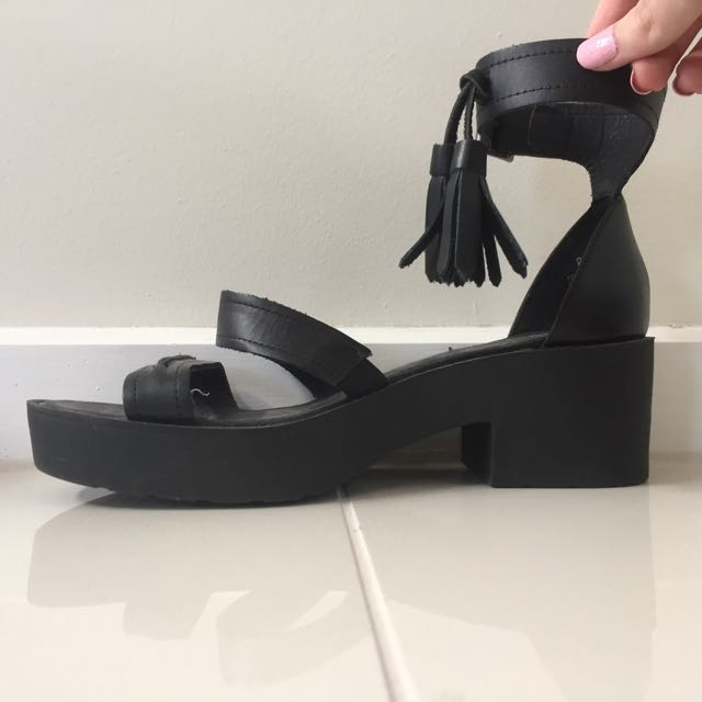 """Authentic Windsor Smith """"chunk"""" Shoes Heels"""