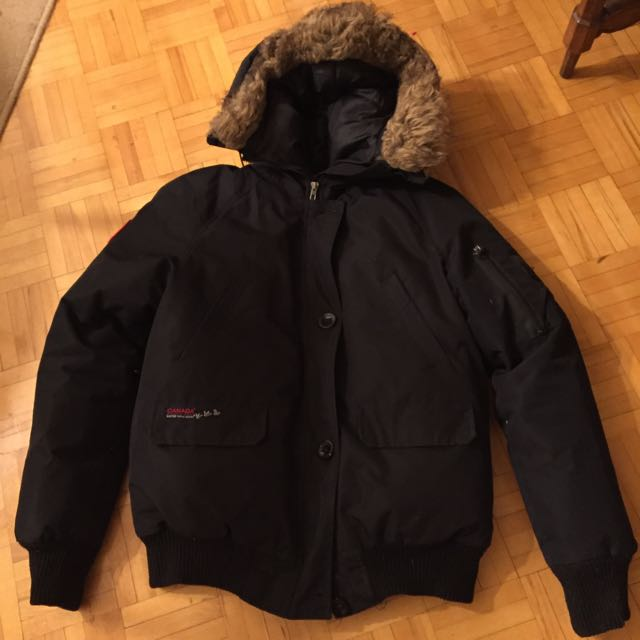 Canada Weather Gear Bomber Jacket (Small)