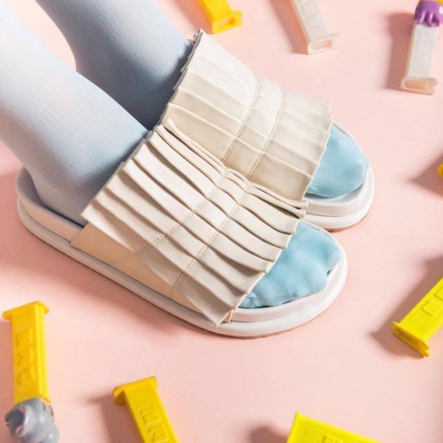 Chiel Clara Off White Sandals