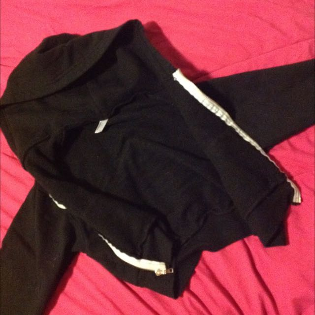 Cropped American Apparel Zip up Sweater