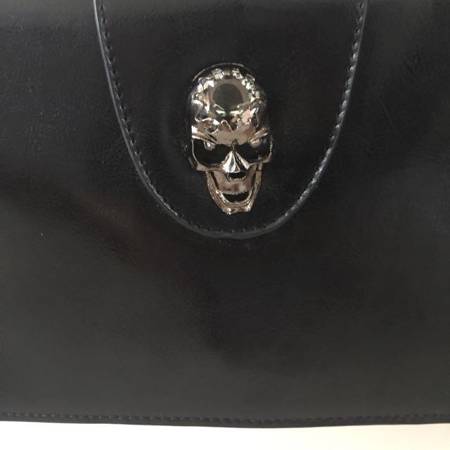 Diamond Skull Over The Shoulder Bag