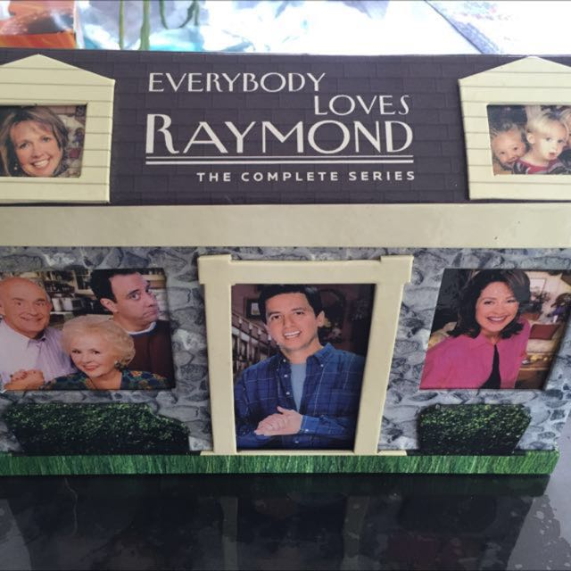 Everybody Loves Raymond Complete Series Box Set