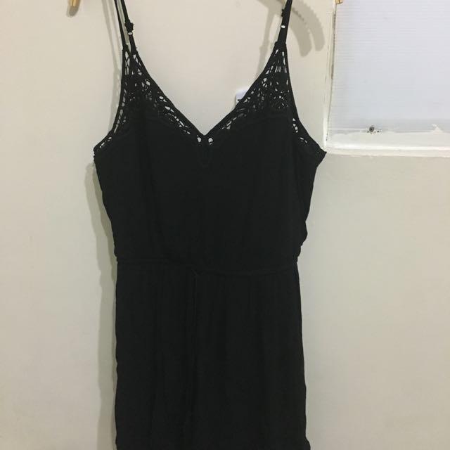 Forever21 黑色性感小洋裝