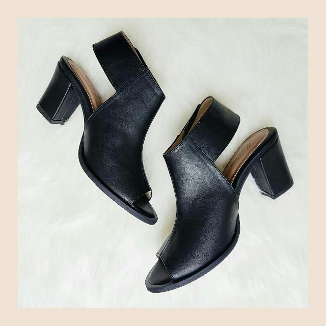 Heels Winnie Boots Black Hugidong