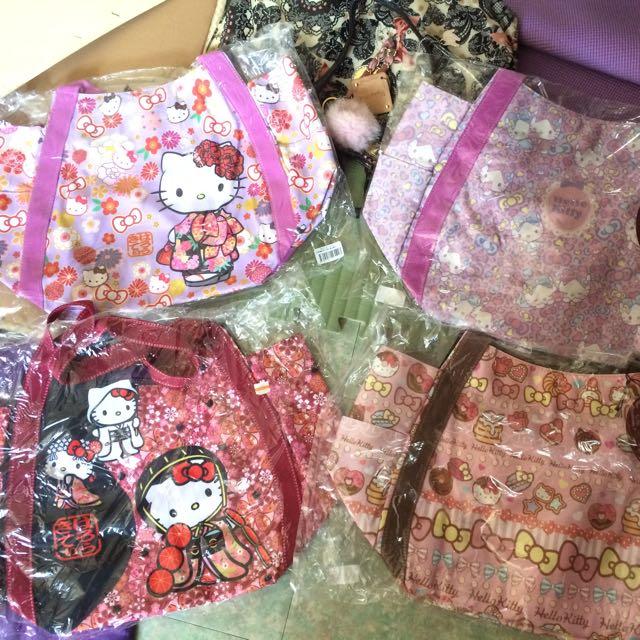 日本帶回Hello Kitty帆布包