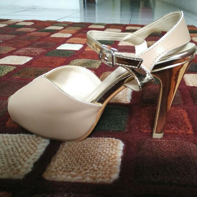 High Heels Yongki Komaladi Size 38