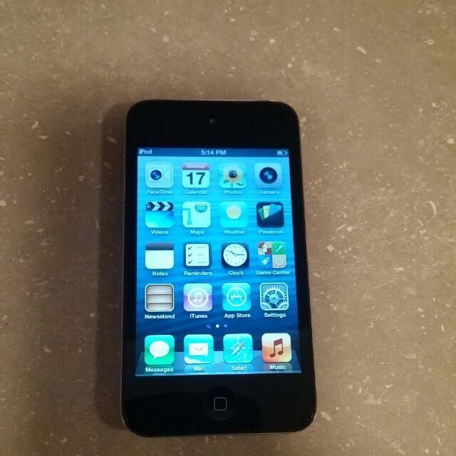 Ipod Touch 4th Generation 8gb.