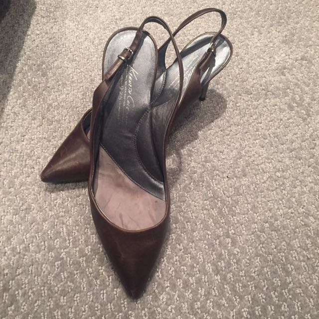 Kenneth Cole Soft Pumps
